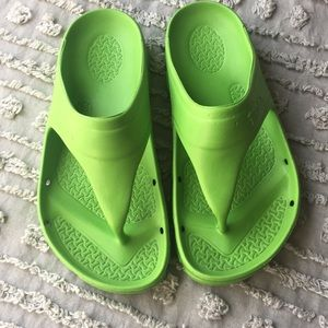 Birkenstock Birki's rubber thong sandals sz 36